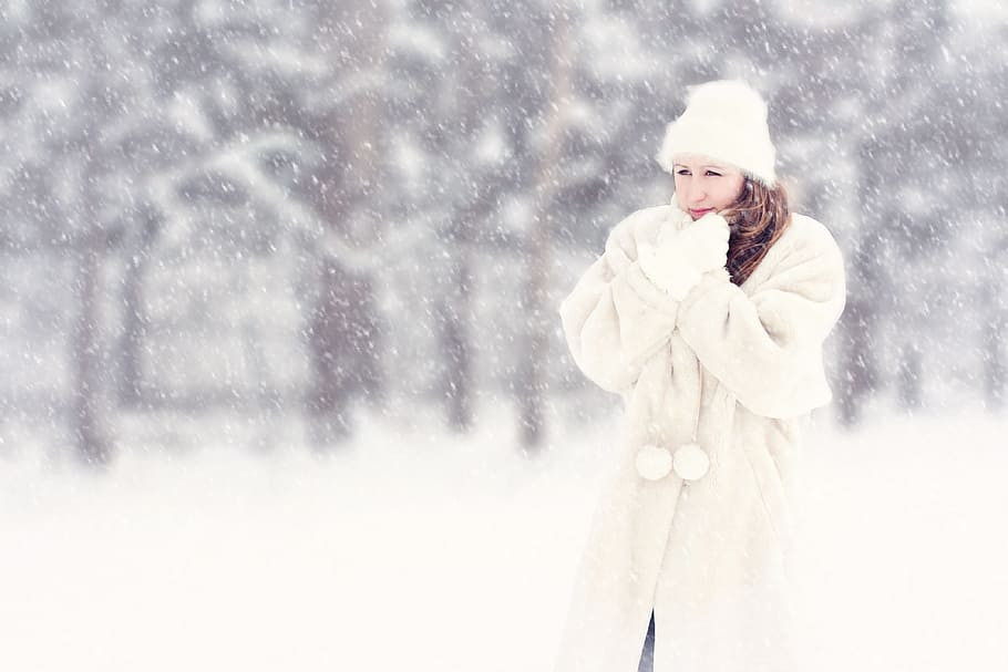 When it is freezing outside the Irish phrase would be 'baltic'.